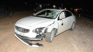 Otomobil çarpan İranlı öldü