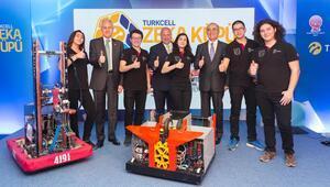 Üstün zekalı öğrencilerin okuluna Turkcell'den teknoloji sınıfı