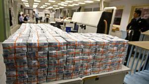 Hazine piyasaya 6,8 milyar lira borçlandı