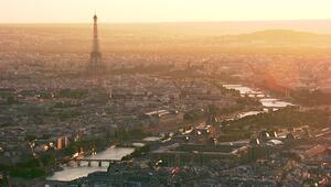 Paris'e tepeden bir bakış
