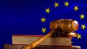 Adalet Divanı: İnsani vize zorunluluğu yok