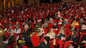 Kadınlar ilk kez sinemaya gitti