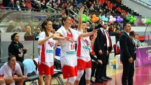 Bellona AGÜ Spor, Avrupada yarı finalin kapısını araladı