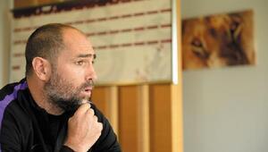 Galatasaray Teknik Direktörü Tudor: Uzun yıllar kalmak istiyorum