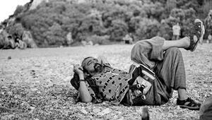 Kadıköyün en ünlü dövmecisi sahte içkiden zehirlenip hayatını kaybetti