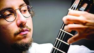 Celil Refik Kaya gitara âşık olmanızı sağlayacak
