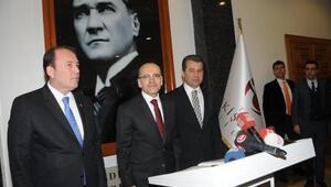 Başbakan Yardımcısı Şimşek Vali Çeliki ziyaret etti