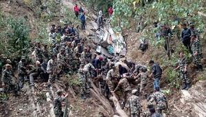 Nepalde otobüs kazası: 26 ölü