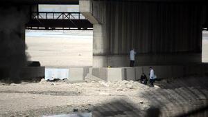 Nehirde bulunan el bombası imha edildi