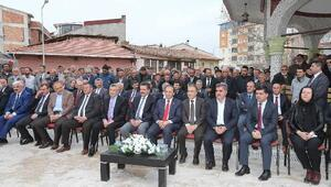 Tarihi cami yeniden ibadete açıldı