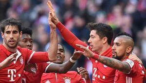 Bayern Münihten zirvede 10 puan fark