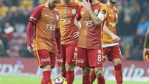 Zafer golünden önce kritik karar Sneijder...