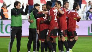 Sivasspor- Balıkesirspor Fotoğrafları