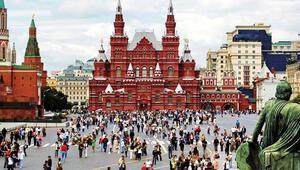 Rus Kilisesi: Lenin'in mezarı Kızıl Meydan'dan kaldırılsın