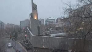 Sabah saatlerinde başladı Başkente kar sürprizi