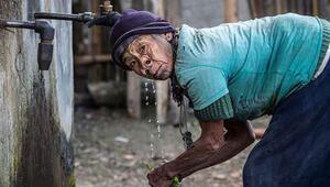 Bu kabilede kadınların 4 tane burun deliği var (Apatani Kabilesi)
