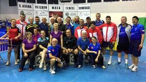 Adana veteranlar masa tenisi sona erdi