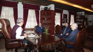 Din-Bir-Sen Genel Başkanı Özdemir, Belediye Başkanı Ünver'i ziyaret etti