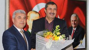 AK Partili Yıldırım: Çalmadığınız kapı sizin değildir