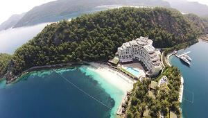 Abramoviç almak istemişti.. Denize sıfır beş yıldızlı otel satılık