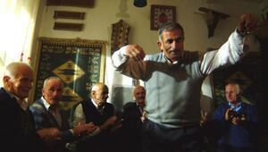 Adnan Saygunda Anadolu açılımı