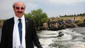 Prof. Dr. Sarı: Akdenizde görülen dev vatozların satışı, sergilenmesi engellenmeli