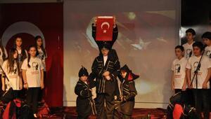 Öğrencilerden Çanakkale oratoryosu