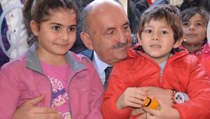 Müezzinoğlu: CHP, cumhurun çocuklarından ve geçnlerinden rahatsız oluyor