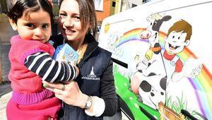 Suriyeli çocuklar da Süt Kuzusu projesine alındı