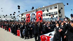 Yozgat'ta 1100 polis adayı yemin ederek diploma aldı