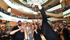 Tatlım Tatlımın oyuncuları İzmirlilerle buluştu