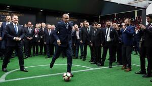 Erdoğandan Fransız efsaneye penaltı golü