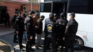 FETÖ soruşturmasında gözaltına alınan 14 eski polis adliyede