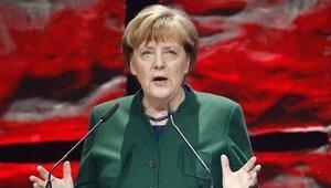 Almanya ile ipler gitgide geriliyor... Merkelden Cumhurbaşkanı Erdoğanın Nazi sözüne yanıt