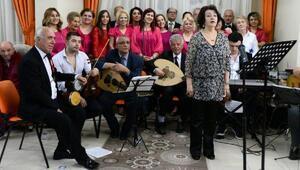 Lüleburgaz Kültür ve Sanat Derneği, yaşlılara konser verdi