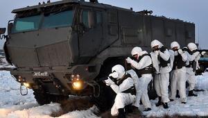 Rusya'dan Kırım'da büyük askeri tatbikat