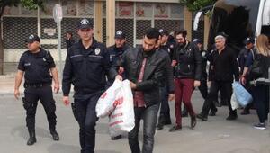 Bylock kullanan polisler adliyeye çıkarıldı