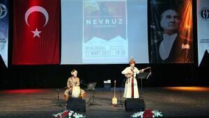Üniversitede, Türk Dünyası konseri