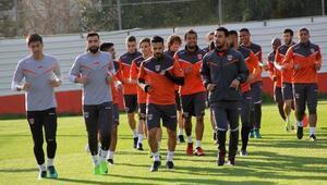 Adanaspor'da Galatasaray mesaisi başladı