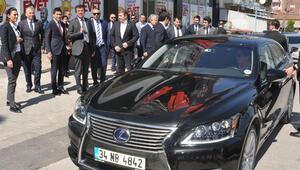 Almanyada üretilen makam otomobilini değiştirdi