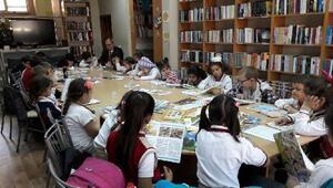 Çanakkalede öğrenciler Kütüphaneler Haftasını kutladı