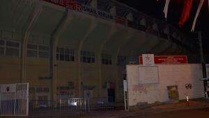 Erdoğana hazırlık için Denizli Atatürk Stadı tabelası söküldü