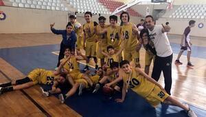 Diyarbakır, Simya Koleji erkek basketbol takımından büyük başarı
