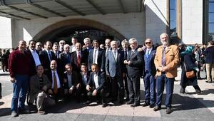 Külliyedeki Rumeli- Balkan buluşmasına İzmirden çıkartma
