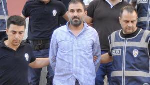 Darbe girişimini sırasında Ak Parti önünde bulunması kanıt gösterdi