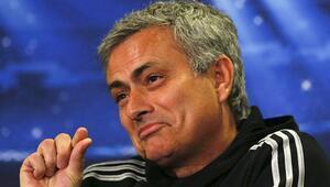Mourinho, Türk yıldızın peşinde