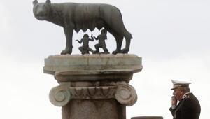 İlk imzanın atıldığı Roma'da dev kutlama