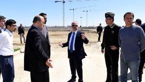 Vali Çakacak Çukurova Havalimanı inşaatını inceledi