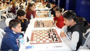 Satranç yardımcı antrenörlük kursu açılacak