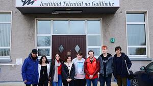 Genç iletişimciler İrlanda'da eğitimde